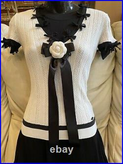 $3,470 Chanel 06c Bow Black White Cardigan Sweater Jacket Top 34 36 2 4 6 S M XS